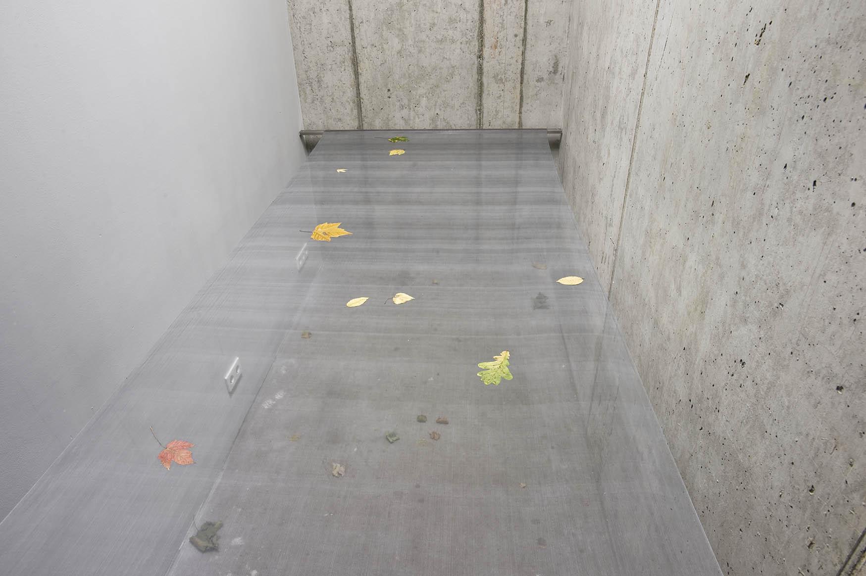 """Untitled, 2012, """"Die Raum"""", Berlin."""